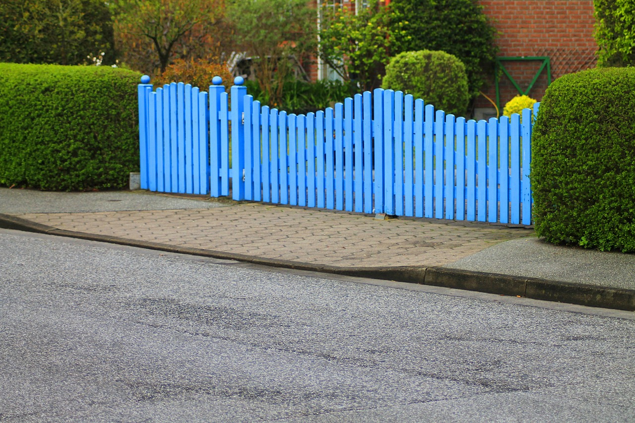 Portail en aluminium contre portail en PVC